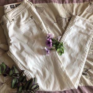 Miss Me Skinny Jeans Size 31